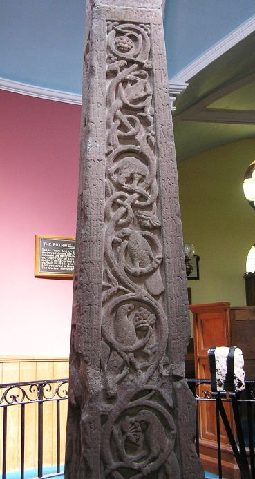 800px-Ruthwell_Cross_-_west_face