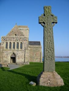 St-Martins-Cross-and-Iona-Abbey